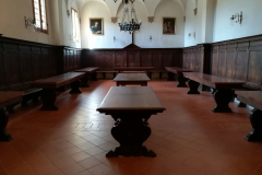 The monastic dining hall in the convento.